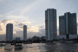 Buildings Bangkok. V10THA0746