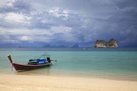 Longtail boat at Ko Ngai. V10THA1086